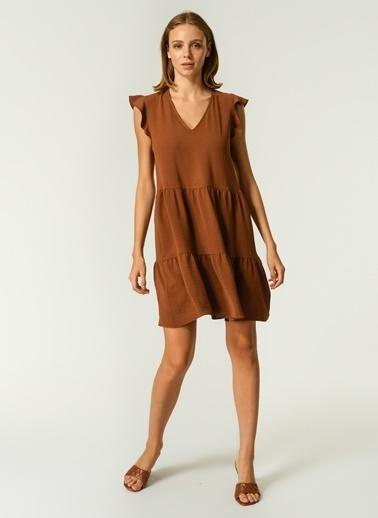 NGSTYLE Kadın Kol Volan Detaylı Elbise NGSS21EL0061 Kahve